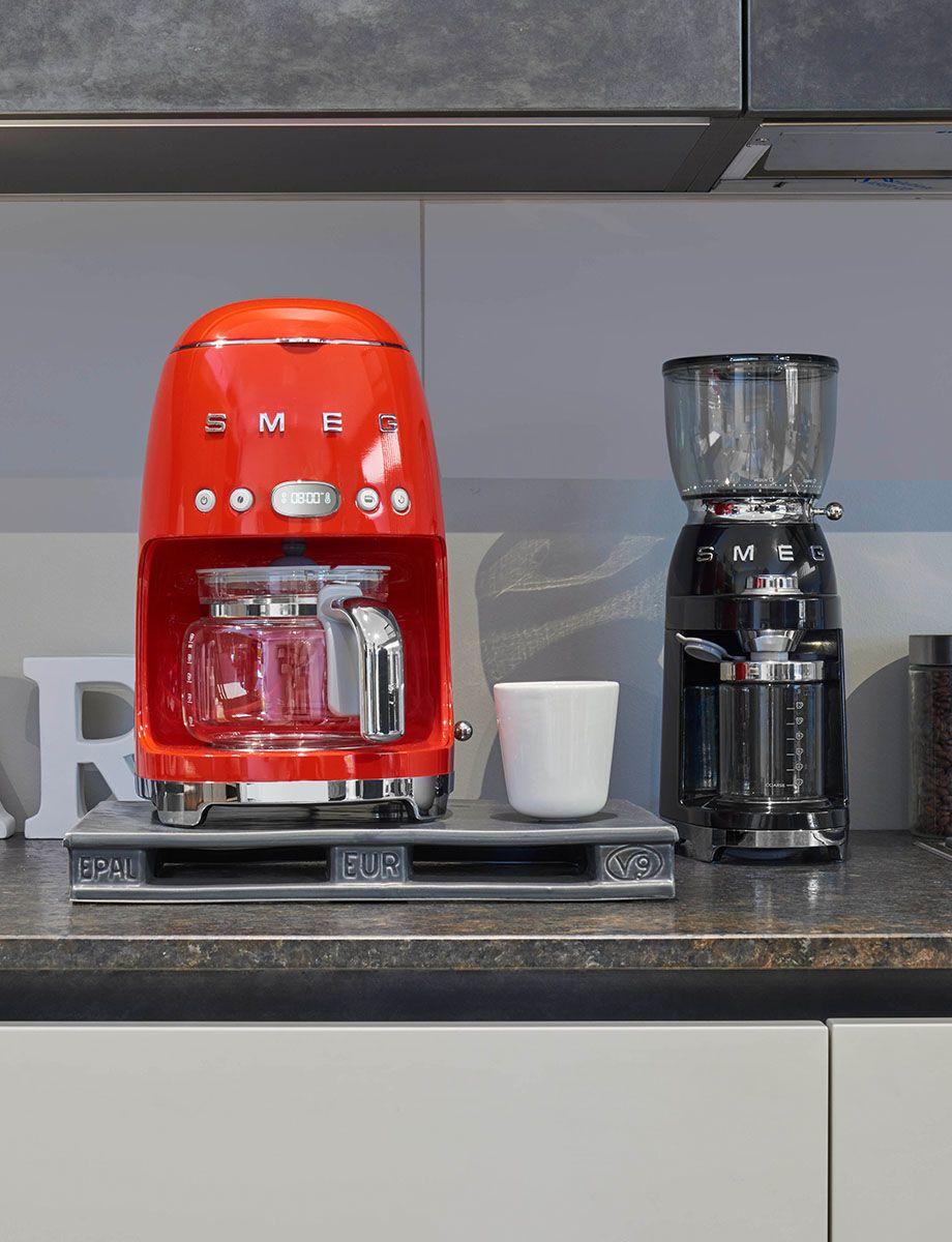 Młynek do kawy elektryczny 50's Style czarny