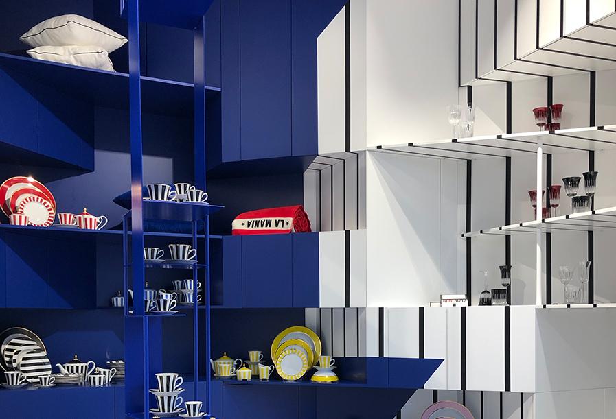 Czerń, biel, kobalt i… op-art. Showroom La Mania Home x butik i atelier La Mania: już otwarte!